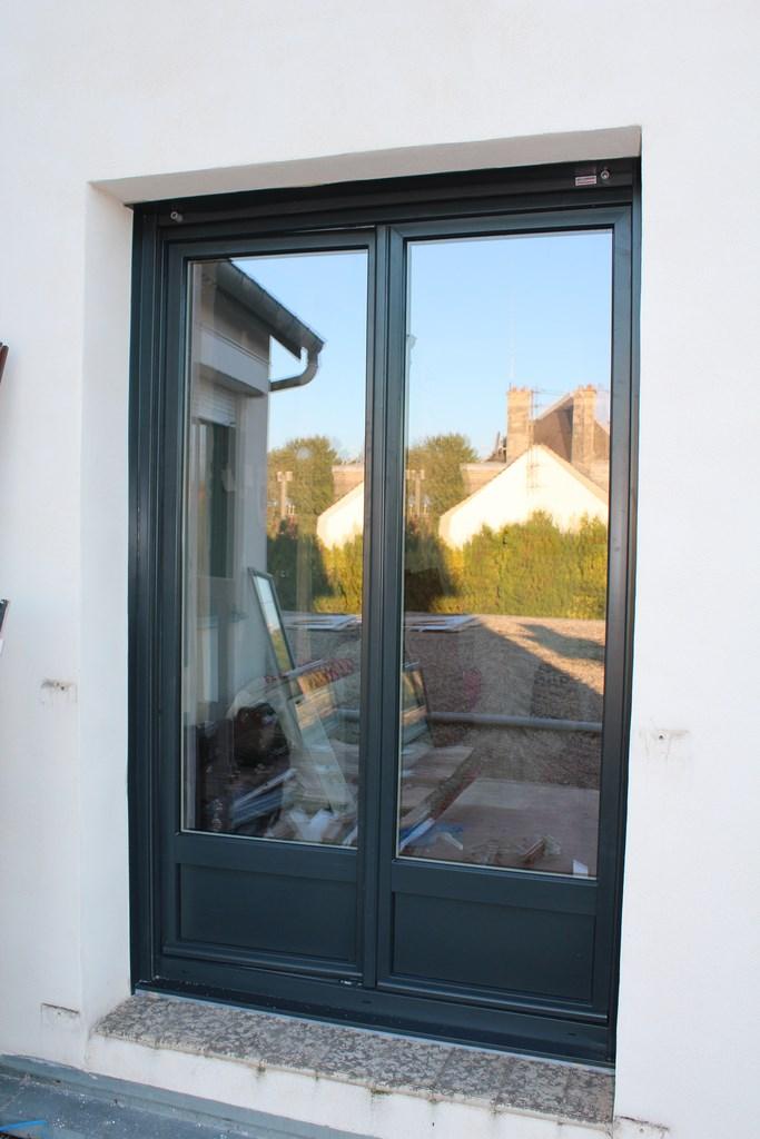 Porte Fenêtre Avec Soubassement Et Volet Roulant Monobloc Gris